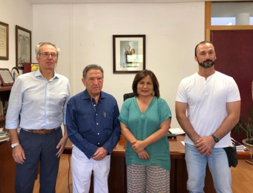 PROVINCIA – El Ayuntamiento de Jerez se reúne con Alfonso Gallardo para conocer la situación que afronta su Grupo y se pone a su disposición