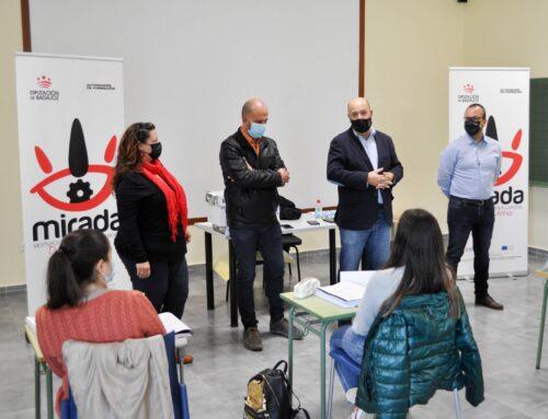 """PROVINCIA – Inaugurado en Fuentes de León el curso """"Atención sociosanitaria a personas dependientes en instituciones sociales"""""""