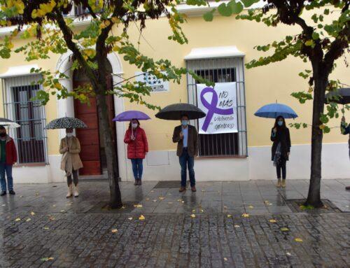 MUNICIPALISMO – El presidente de la FEMPEX ha presidido esta mañana el minuto de silencio con motivo del 25N