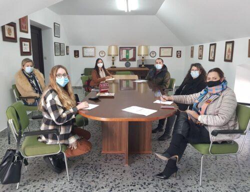 ALMENDRALEJO – Contratados los tres agentes COVID que trabajarán para las asociaciones empresariales