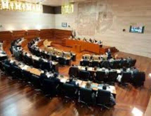 REGIÓN – Convalidado en la Asamblea el decreto extremeño con 40 millones en ayudas a hostelería, comercio y turismo por la Covid