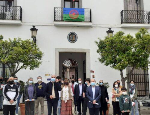 """ZAFRA – Inaugurada en el Ayuntamiento de la ciudad la Exposición """"Historia y Cultura del Pueblo Gitano"""" con motivo del Dia Internacional del Pueblo Gitano."""