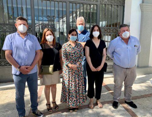 IGUALDAD – La Consejera Gil Rosiña visita varias poblaciones de la Campiña Sur y afirma que que la Campaña de Verano 2021 es una oferta de ocio saludable, controlada y segura para los menores y jóvenes
