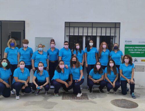 SEGURA DE LEÓN  – Las alumnas de Atención Sociosanitaria a Personas Dependientes en Instituciones Sociales de la Escuela Profesional Dual de Empleo Tentudía 21 comienzan hoy en pisos tutelados