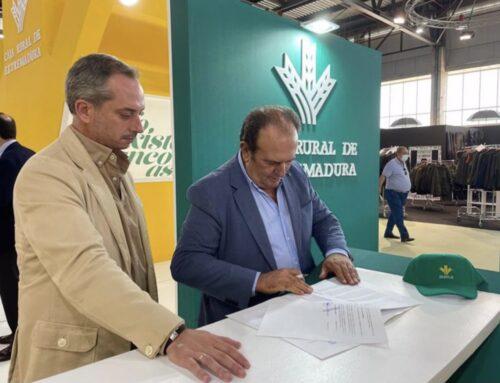 📌 Caja Rural y Fedexcaza colaborarán en la difusión de la actividad cinegética en Extremadura